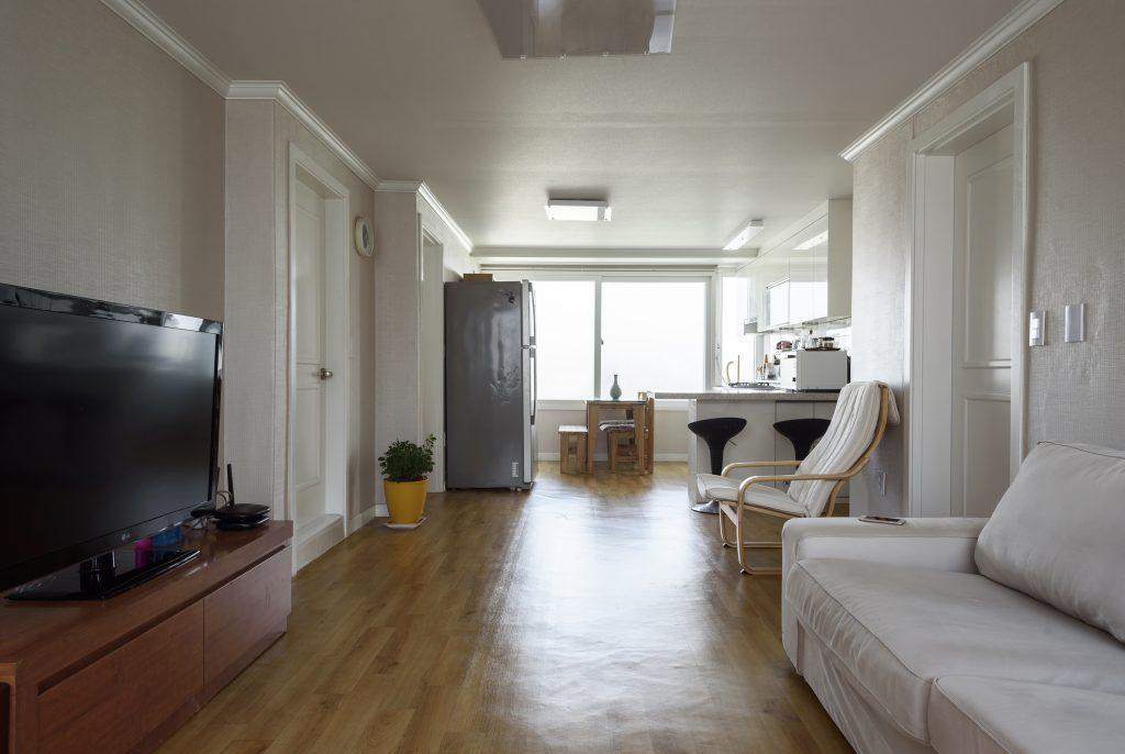 Simple Spaces Apartment