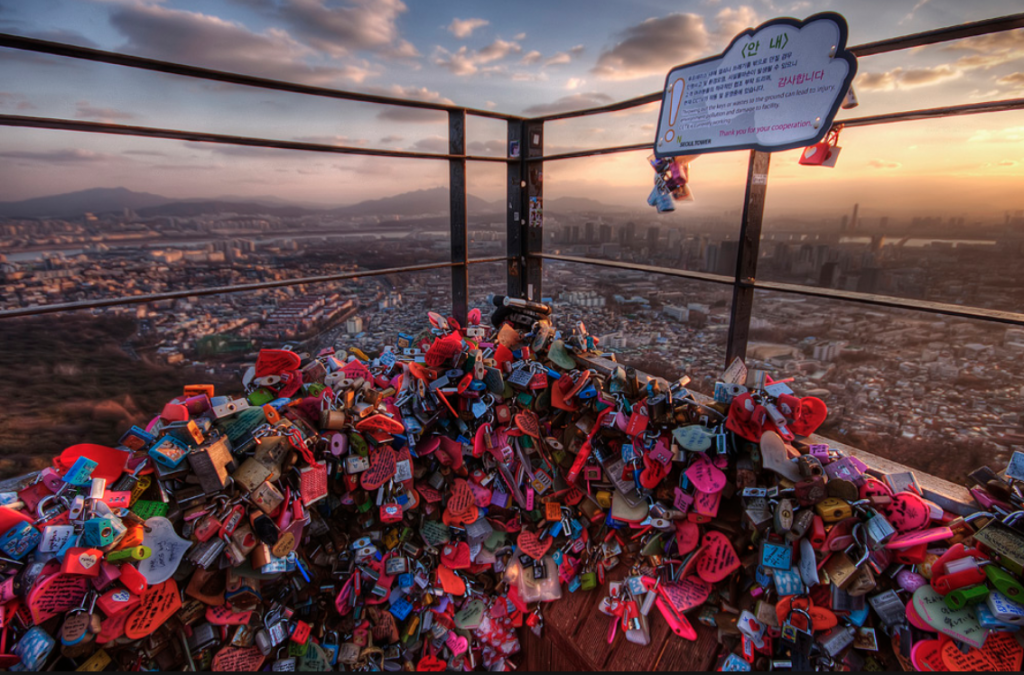 This is a wall of padlocks on the gates at the Seoul Tower near Itaewon